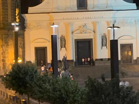 piazza-santa-croce-torre-del-greco-mariella-romano-cronaca-dintorni